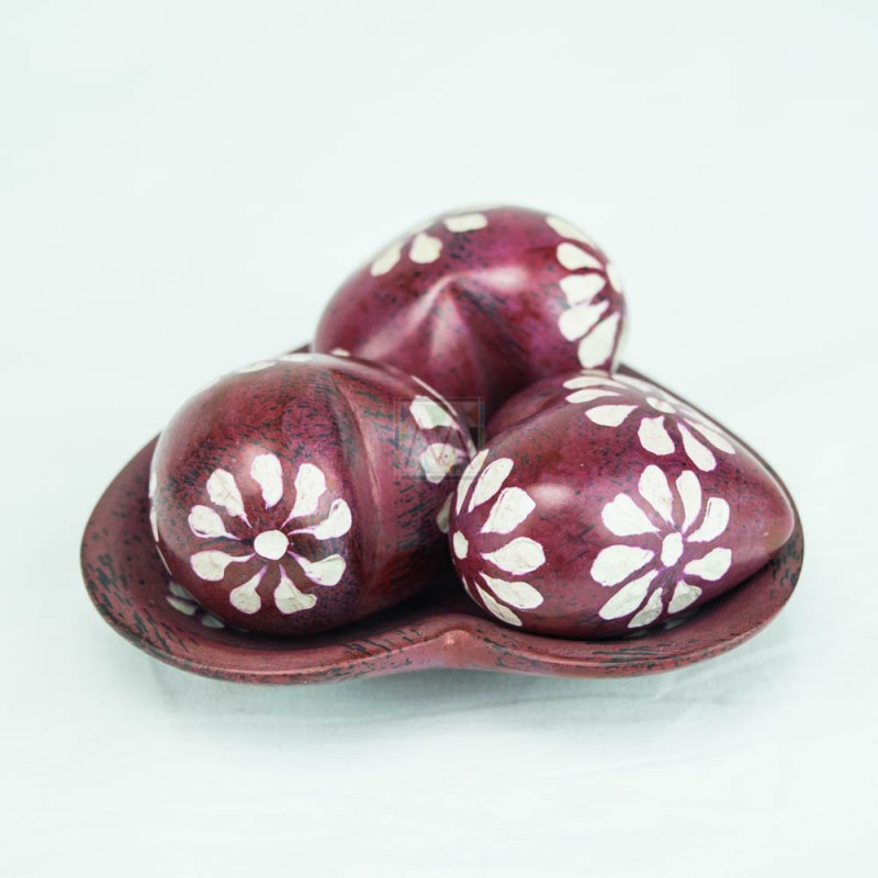 Red Kisii Soapstone Handcarved Hearts and Bowl Set
