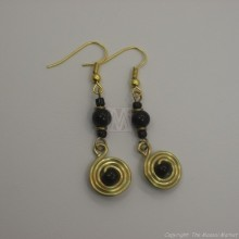 Brass Wire Color Bead Swirl Earrings Black 2