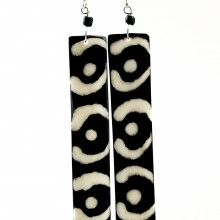 Long Batik Maasai Dangle Bone Earrings 538-44